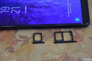 Отдельный слот для второй SIM